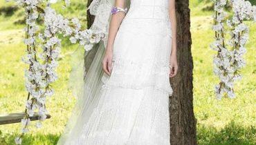 4 chiếc váy cưới gọn gàng và đẹp cho cô dâu tiếp khách