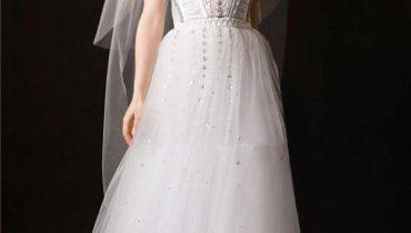 Giá váy cưới vera wang và bộ sưu tập váy cưới của vera wang 2021