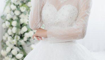 Top 10 mẫu đầm cô dâu đơn giản đẹp theo xu hướng 2021